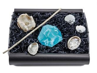 """Geschenkbox """"Blauer Achat"""" (SoapRocks """"Blauer Achat"""" antibakterielle Naturseife für hochwertige Gesichts- und Körperpflege) Romantisches Geschenkset"""