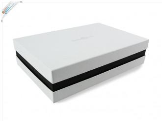 Premium-Geschenkbox - Geschenkverpackung Made in Germany (Weiß, Schwarz, Weiß) 41x9x31 cm