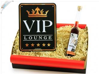 """Geburtstagsgeschenk Set """"Runder Geburtstag 60"""" (Blechschild - VIP Lounge + Geburtstagslikör 60´) von ideas in boxes"""