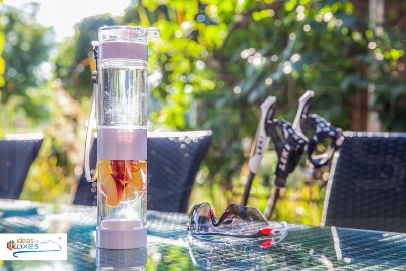 Define Bottle Sport Trinkflasche mit Früchteeinsatz - Detox Wasser - BPA frei - Geschenk für Sportler