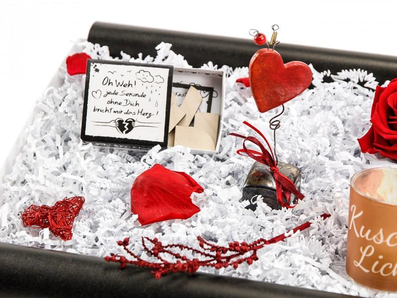"""Liebesbox  """"Kuschellicht mit Herzpuzzle"""
