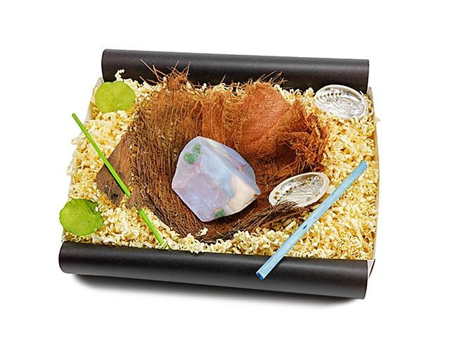 """Geschenkbox """"Weißer Opal"""" mit Bananenblatt"""