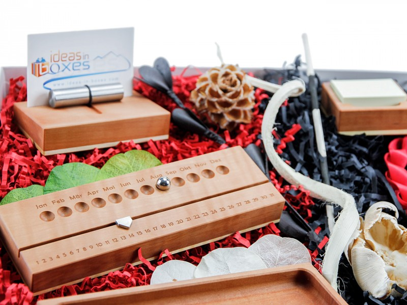 Bürobox für den Schreibtisch 212 (3er Set: Büroklammerhalter; Schale; Notitzzettel + Ewiger Kalender + Stifteschale + Visitenkartenhalter) Echtholz