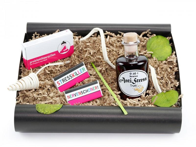 """Geschenkbox """"Anti Stress"""" mit Problemlöserpillen (Apotheker Weinflasche"""