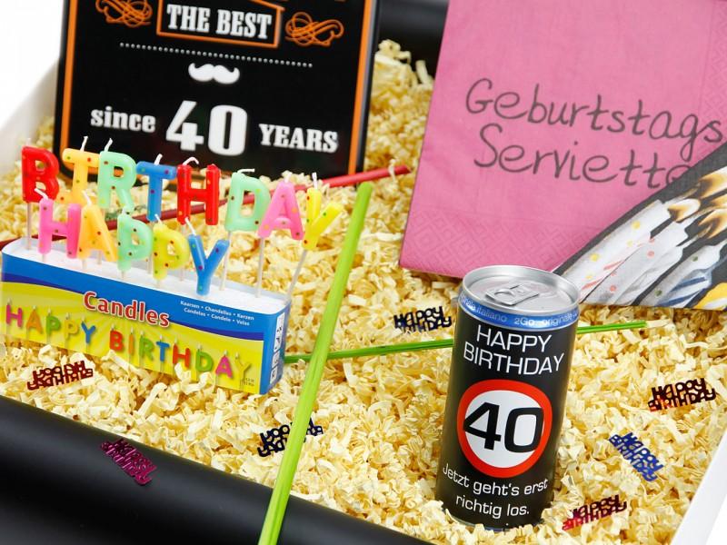 """Geburtstagsbox zum 40´ """"Happy Birthday"""" (Blechschild - Happy Birthday 40 Jahre + Secco Bianco + Happy Birthday Kerzen + Servietten Geburtstag ) von ideas in boxes"""