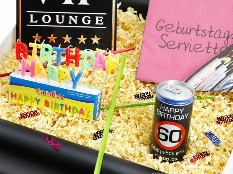 """Geburtstagsbox zum 60´ """"VIP Lounge"""" (Blechschild - VIP Lounge + Secco Bianco zum 60 Geburtstag + Happy Birthday Kerzen + 20x Servietten Geburtstag) von ideas in boxes"""