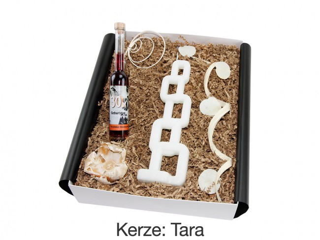 "Geschenkbox mit besonderer Kerze ""30´ Geburtstag"" (Geburtstagslikör Erdbeer-Chili 30´ + Alusi® mehrflammiger Kerze) von ideas in boxes"
