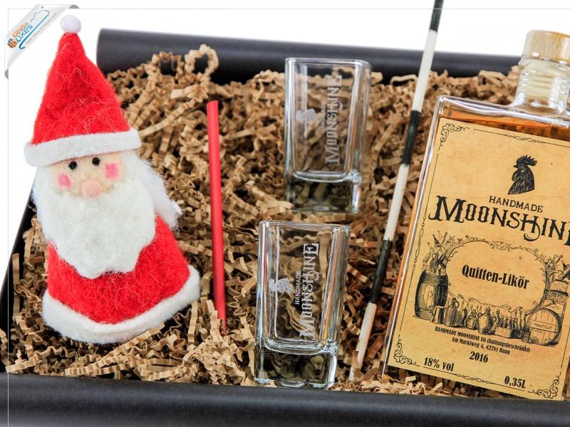 Weihnachtsgeschenk Geschenkset mit Nikolaus-Eierwärmer und Handmade Moonshine