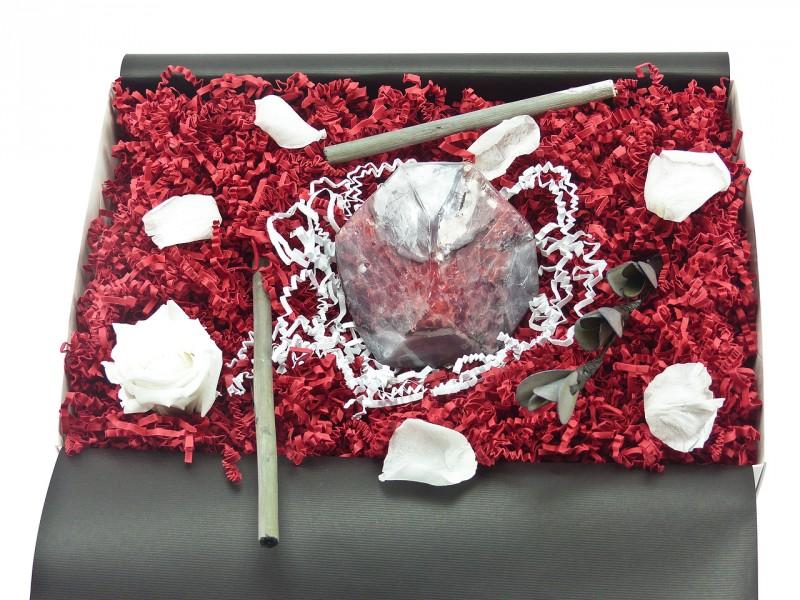 """Geschenkbox """"Fire Geode"""" (SoapRocks antibakterielle Naturseife hilft gegen Akne und Neurodermitis) Beauty-Box für Frauen und Männer"""